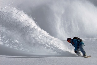 snowboarder-690779