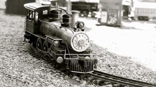 train-635702