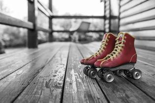roller-skates-381216