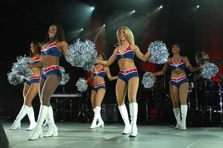 cheerleaders-654377
