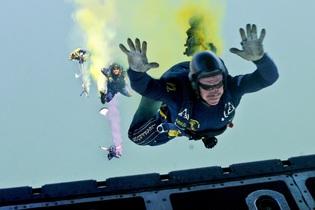 skydiving-665018