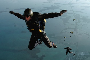 skydiving-665020