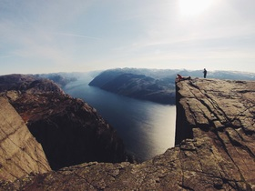 cliff-731840