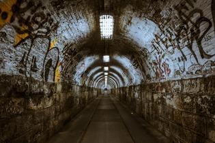 tunnel-237656